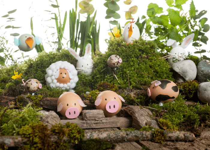 eggs decorated like farm animals