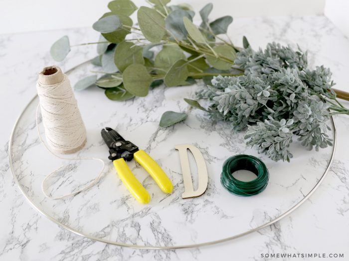 materials needed to make a wreath
